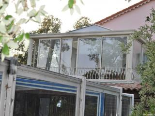 veranda toit plat avec dome en verre