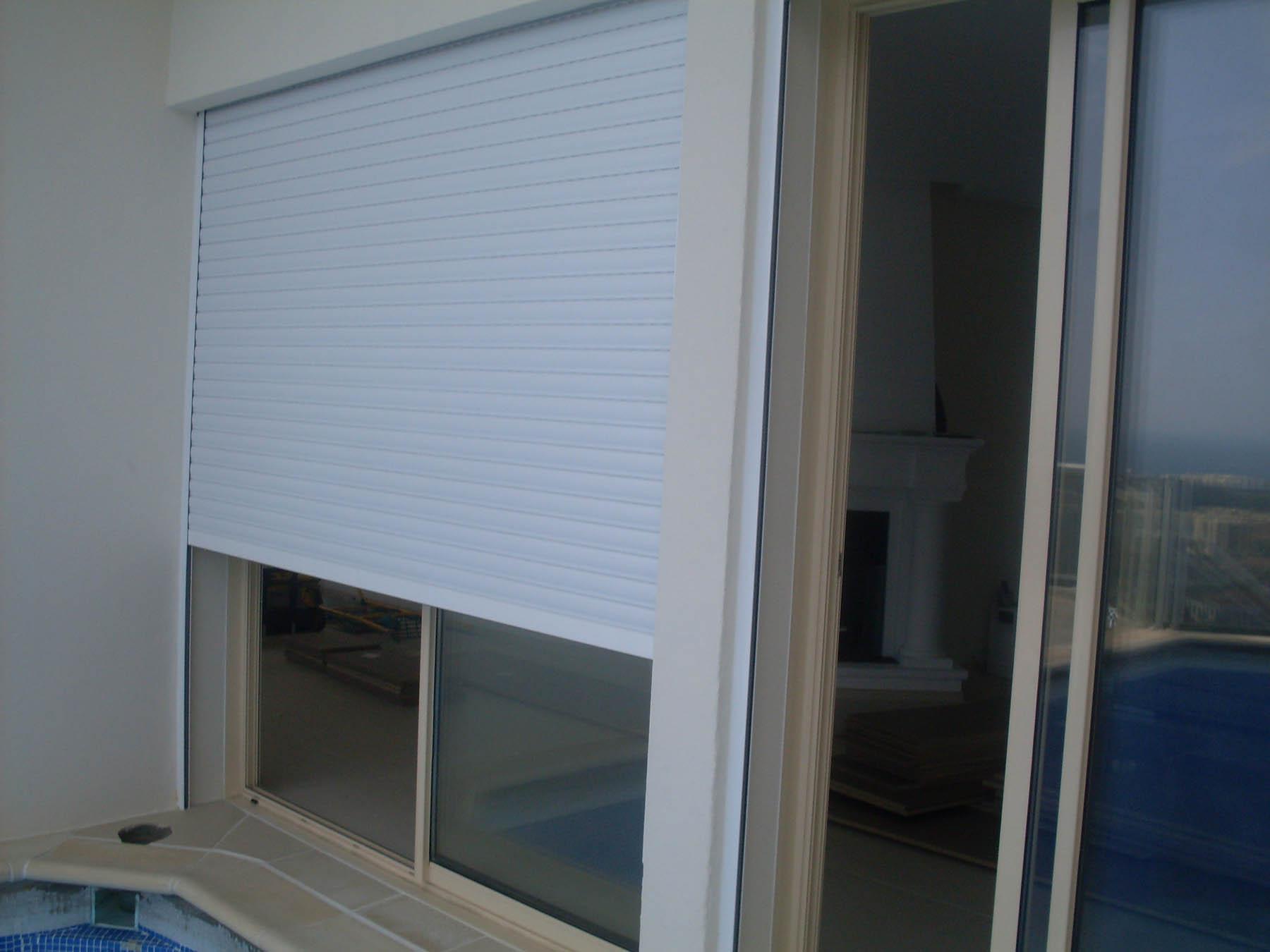 pont thermique fenetre alu amazing porte fentre vitre. Black Bedroom Furniture Sets. Home Design Ideas